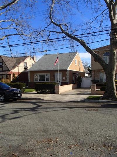 Single Family Home For Sale: 2207 East 71 Street