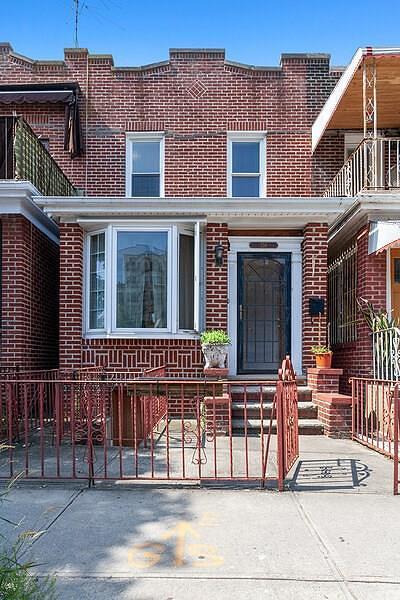 Brooklyn NY Single Family Home For Sale: $1,150,000