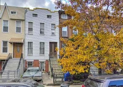 Brooklyn Multi Family Home For Sale: 30 Vernon Avenue