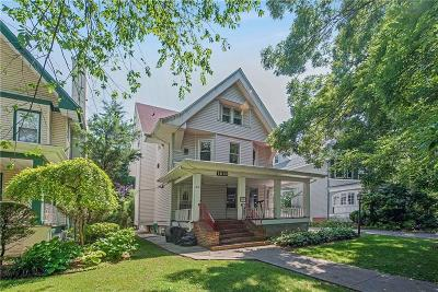 Brooklyn Single Family Home For Sale: 1810 Glenwood Road
