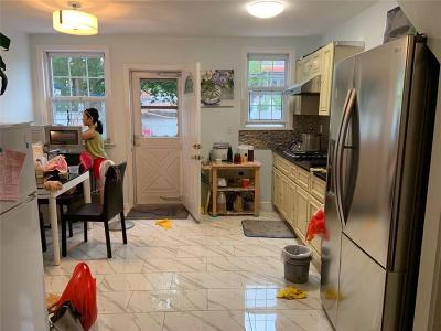 Brooklyn Single Family Home For Sale: 241 Bay 23rd Street