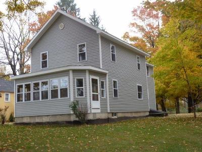 Single Family Home S-Closed/Rented: 4722 Chautauqua