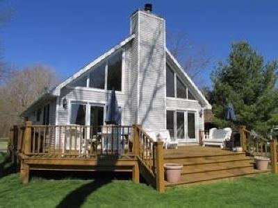 Single Family Home Sold: 5096 Serenity Acres Drive