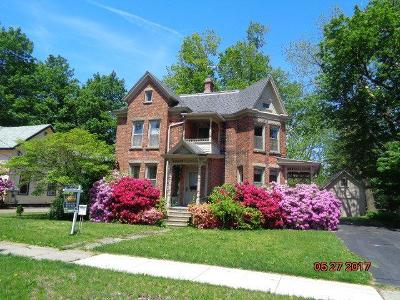 Single Family Home P-Pending Sale: 51 Washington Street