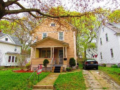 Single Family Home S-Closed/Rented: 26 Adams Street