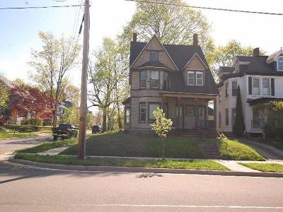 Jamestown Single Family Home A-Active: 632-634 Lakeview Avenue
