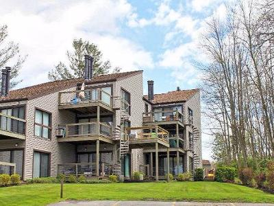 Condo/Townhouse A-Active: 5301 East Lake Road #25
