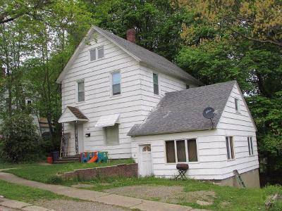 Jamestown Single Family Home A-Active: 308 Stowe Street