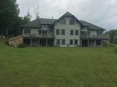 Condo/Townhouse A-Active: 8450 Canterbury Drive #8450