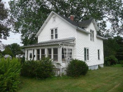 Single Family Home P-Pending Sale: 11 East Whallon
