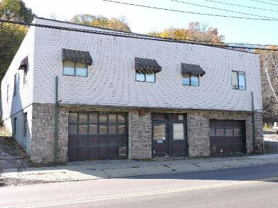Jamestown Commercial A-Active: 67 Steele Street