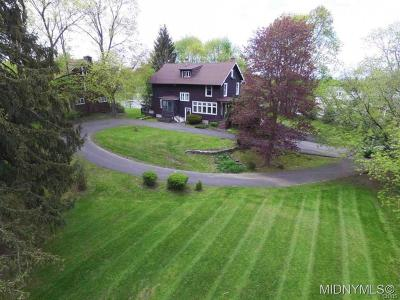 New Hartford Single Family Home C-Continue Show: 1 Jordan Road