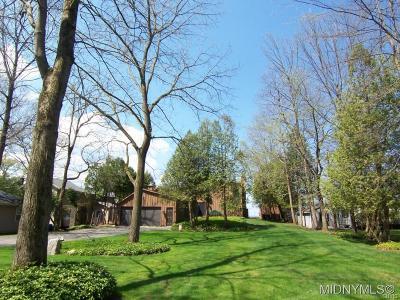 Verona Single Family Home A-Active: 6685 Lakeshore Roadnorth