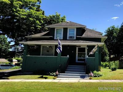 Whitestown Single Family Home A-Active: 19 Clyne Place