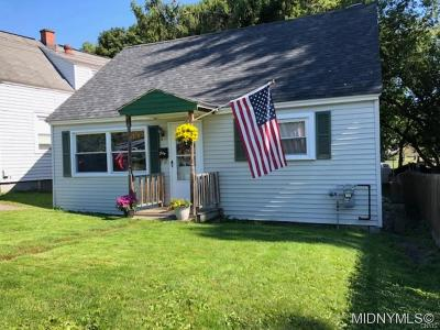 Whitesboro Single Family Home A-Active: 19 Owens Place