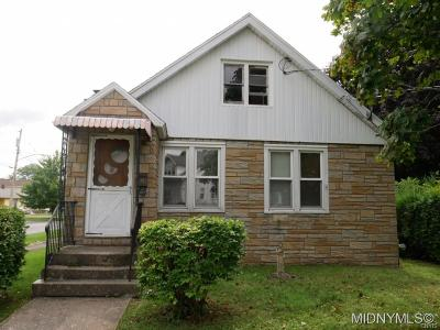 Utica NY Single Family Home For Sale: $129,900
