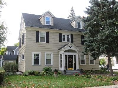 Single Family Home Sold: 703 Maple Avenue