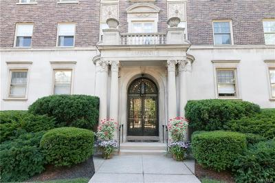 Buffalo Condo/Townhouse A-Active: 925 Delaware Avenue #4,5D