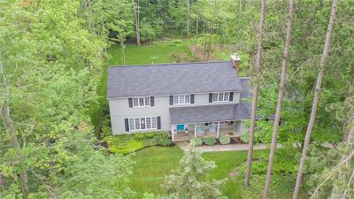 Orchard Park Single Family Home A-Active: 23 Greenwood Drive