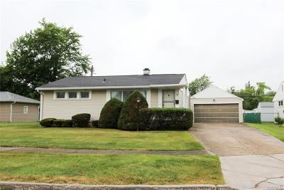 Tonawanda-Town NY Single Family Home P-Pending Sale: $108,888