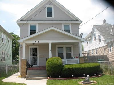 Niagara Falls Single Family Home A-Active: 618 30th.
