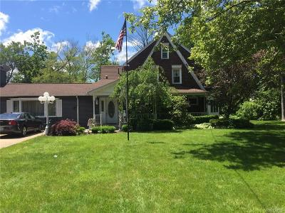 Niagara Falls Single Family Home A-Active: 714 Pasadena Avenue