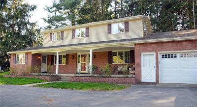Elma Single Family Home A-Active: 90 Treehaven Lane