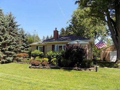 Clarence Single Family Home A-Active: 5065 Hillcrest Drive