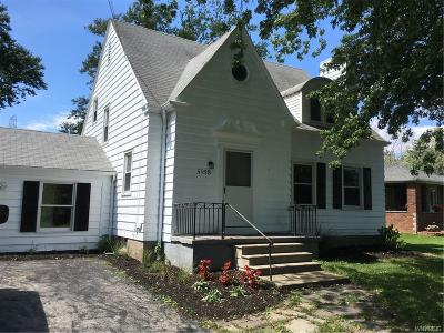 Lewiston Single Family Home A-Active: 5958 Hyde Park Boulevard