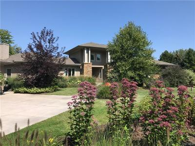 Single Family Home A-Active: 661 Lake Road