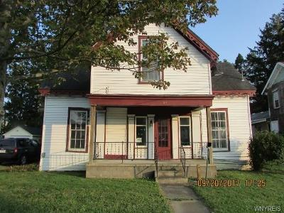 Arcade Multi Family 2-4 A-Active: 62 Mill Street
