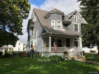 Warsaw Single Family Home A-Active: 35 West Court Street