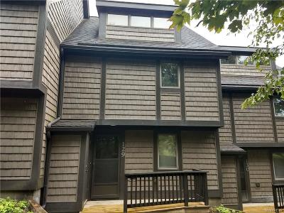 Ellicottville Condo/Townhouse A-Active: 129 Holiview Rd-The Woods