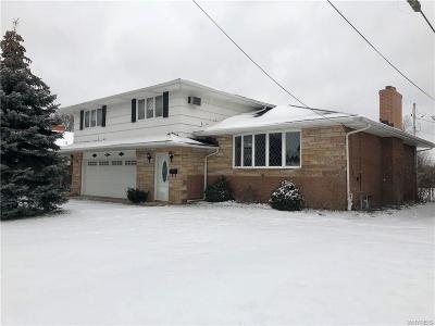 Single Family Home A-Active: 30 Oriole Place