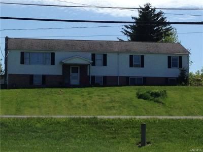 Batavia-Town NY Single Family Home A-Active: $189,900
