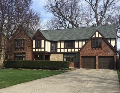 Erie County Single Family Home A-Active: 32 Bradenham Place