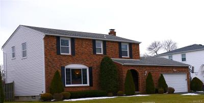 Amherst Single Family Home A-Active: 11 Gaslight Trail
