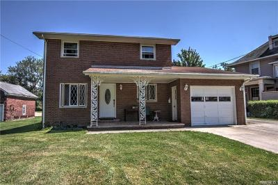 Single Family Home A-Active: 10 Parkway