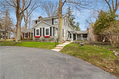Single Family Home A-Active: 80 South Cayuga Road