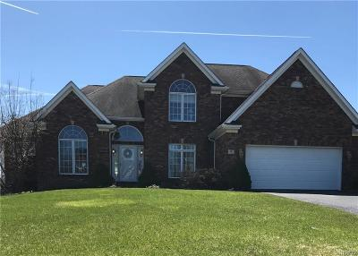 Orchard Park Single Family Home A-Active: 5 Lynchburg Court