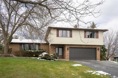 Orchard Park Single Family Home A-Active: 53 Fairway Drive