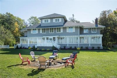 Single Family Home A-Active: 6768 Lake Shore Road