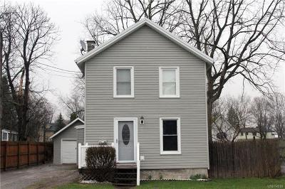 Batavia-City NY Single Family Home C-Continue Show: $82,000