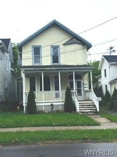 Genesee County Multi Family 2-4 U-Under Contract: 127 Bank Street