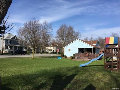 Clarence NY Single Family Home A-Active: $174,000