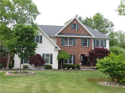 Niagara County Single Family Home A-Active: 7160 Pendale Circle