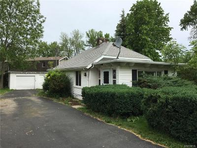 Orleans County, Monroe County, Niagara County, Erie County Single Family Home U-Under Contract: 2414 Riverview Drive