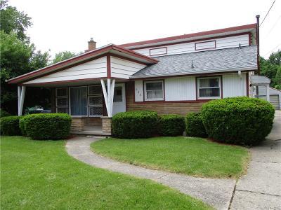 Niagara Falls Single Family Home A-Active: 620 69th Street