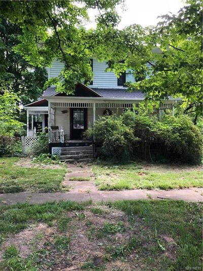 Single Family Home A-Active: 1013 Elm Street