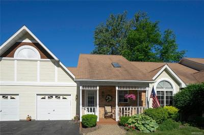 Amherst Condo/Townhouse A-Active: 40 Spicebush Lane